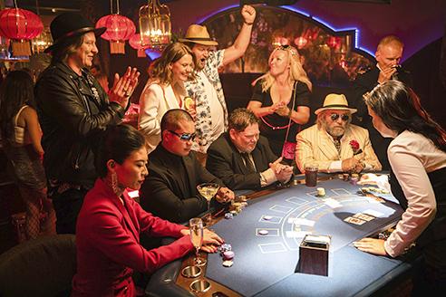 Sinkkuristeilyllä pelataan rahapelejä vaihtelevalla menestyksellä.